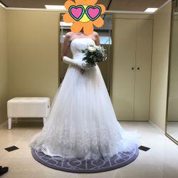 ドレス&タキシードの写真 1枚目