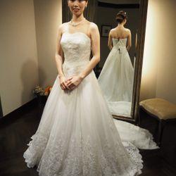 ドレス試着の写真 12枚目