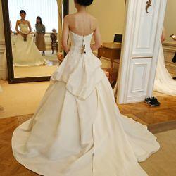 ドレス選びの写真 15枚目