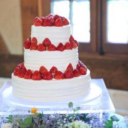 ウエディングケーキ、ケーキ入刀の写真 7枚目