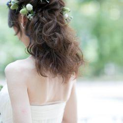 ブーケとドレスとヘアメイクの写真 6枚目