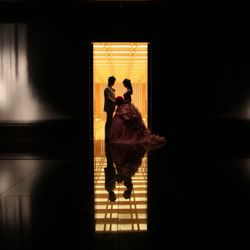 階段・滝の絵・神殿・チャペルの写真 1枚目