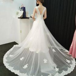 ドレスの写真 12枚目