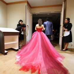 ドレスの写真 5枚目