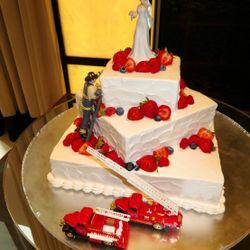 ケーキ・料理の写真 2枚目