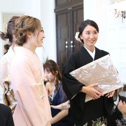披露宴(新郎兄妹からサプライズ・中座・再入場〜お見送り)の写真 2枚目