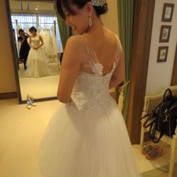ウェディングドレス試着の写真 3枚目