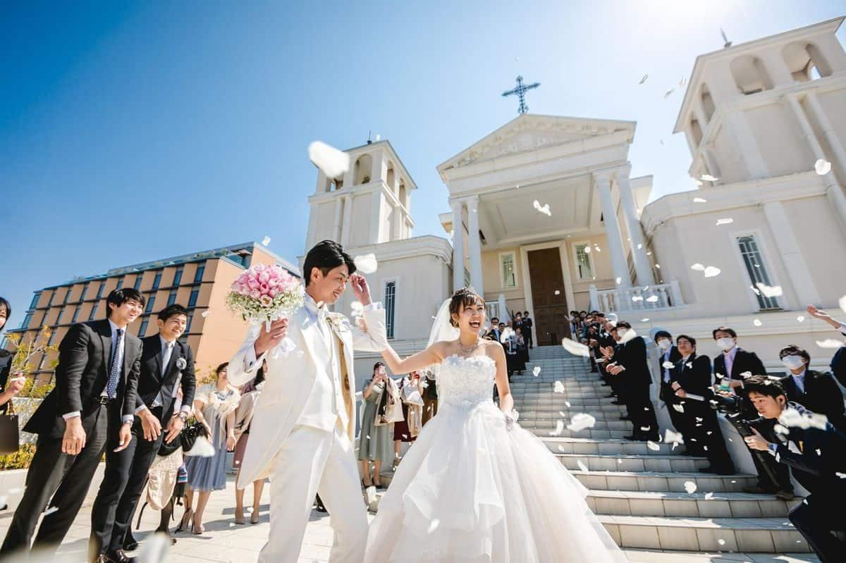 【関東編】インスタ花嫁が選んだ\プリンセス♡*/な雰囲気にぴったりの結婚式場ランキングのカバー写真 0.6658333333333334