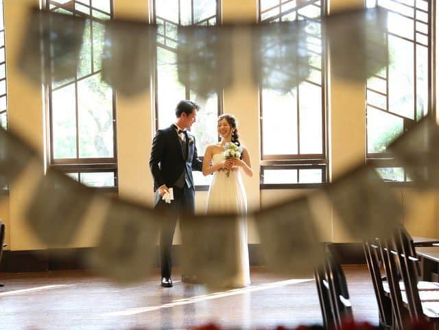 自由学園明日館での結婚式―ウェディングガーランド