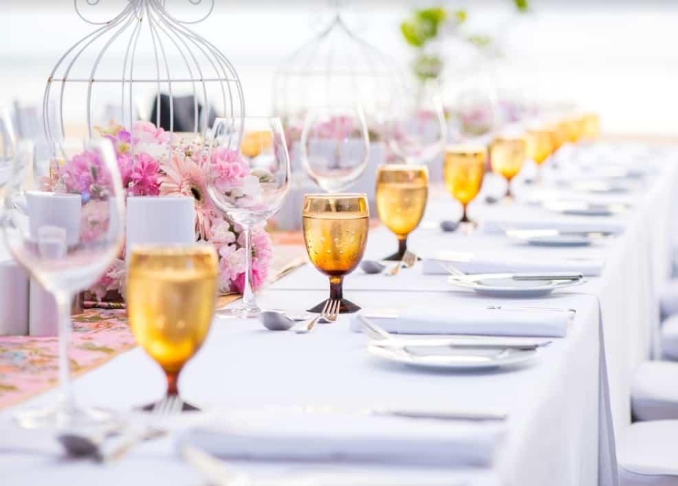 テーマカラー別♡結婚式のテーブルコーディネートを大研究!のカバー写真