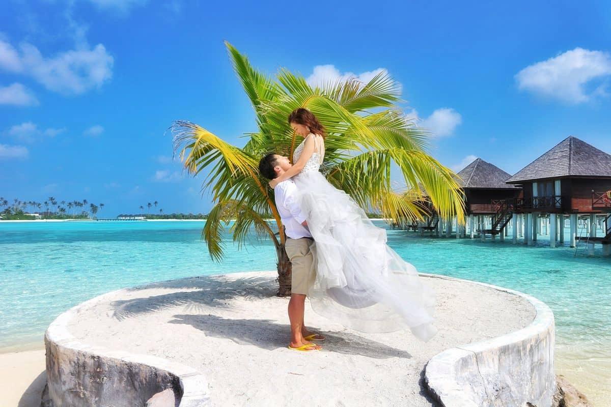 ハネムーンはやっぱりビーチ♡人気のビーチリゾート5選のカバー写真 0.6666666666666666