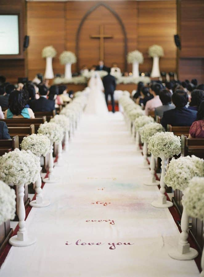 lovley-calligraph-wedding-aisle-runner-decor-with-babys-breath-