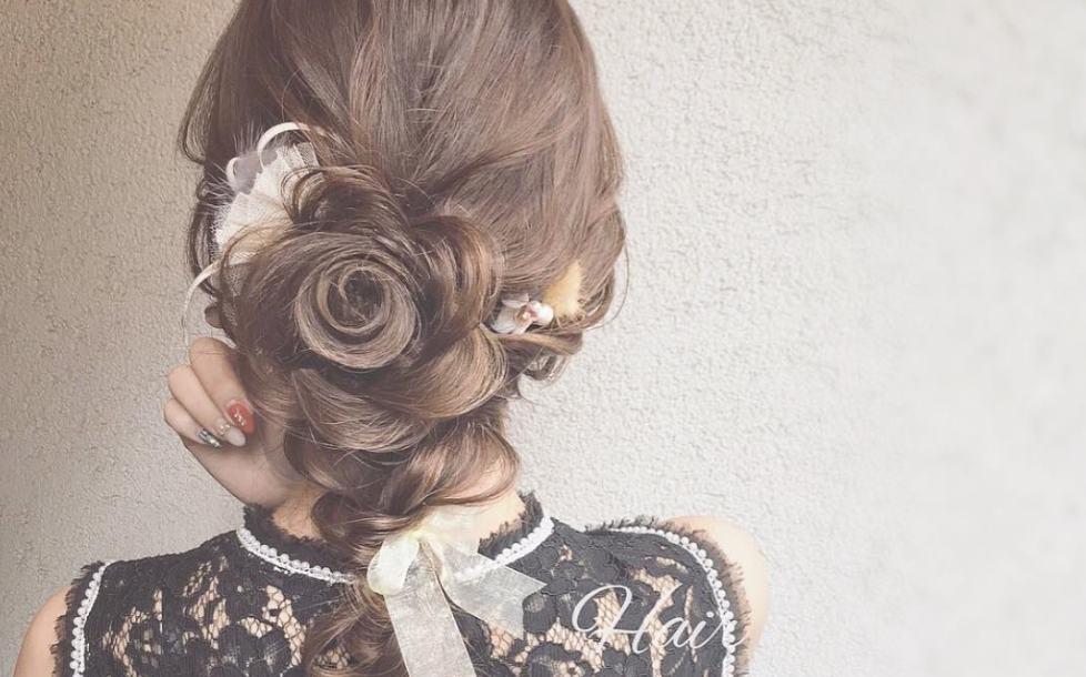 結婚式のお呼ばれヘアースタイルのポイント♡のカバー写真 0.623721881390593