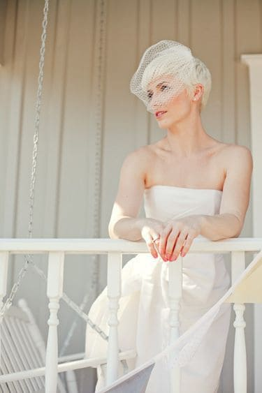 6-Wedding-Hairstyles-for-Short-Hair-Brides