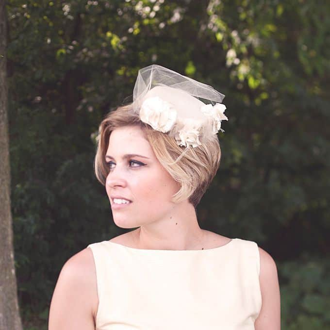 romantic-glamorous-sophisticated-short-hair-wedding-hair-14