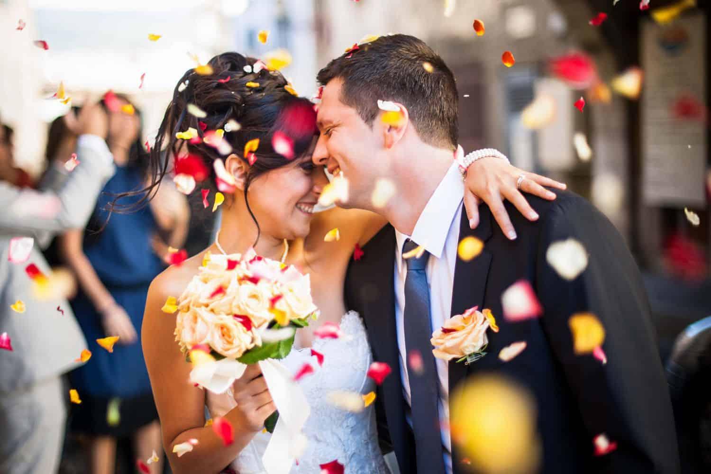 結婚準備はネットやアプリを賢く使いましょ♡のカバー写真