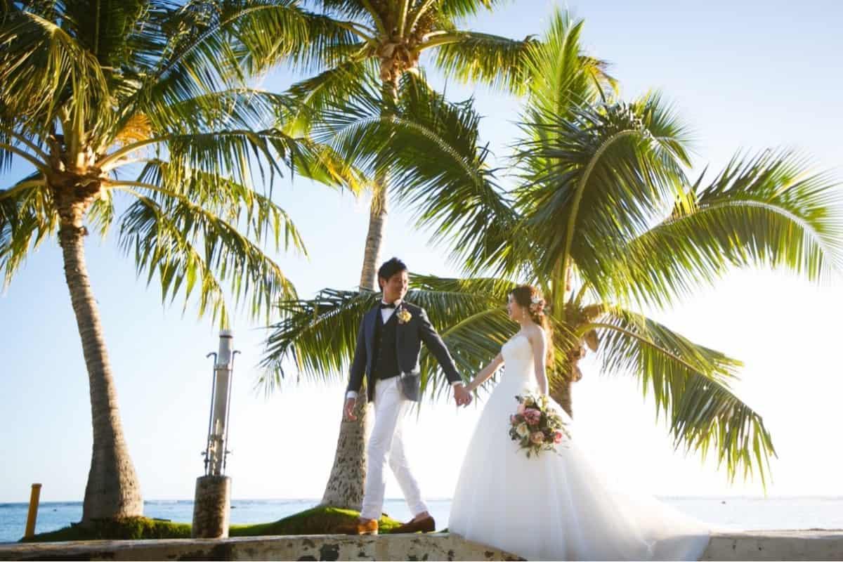 ハワイ挙式♡大手プロデュース会社で申し込むメリット・デメリットのカバー写真