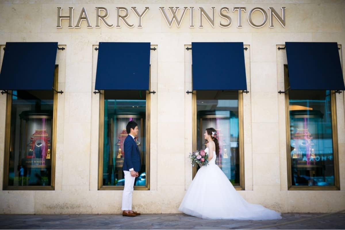 ハリーウィンストンの結婚指輪♡エタニティから一粒ダイヤまで完全ガイド!のカバー写真