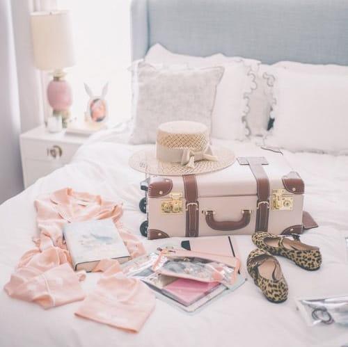デキる花嫁は、新婚旅行のお土産の計画まで抜かりなく♡のカバー写真