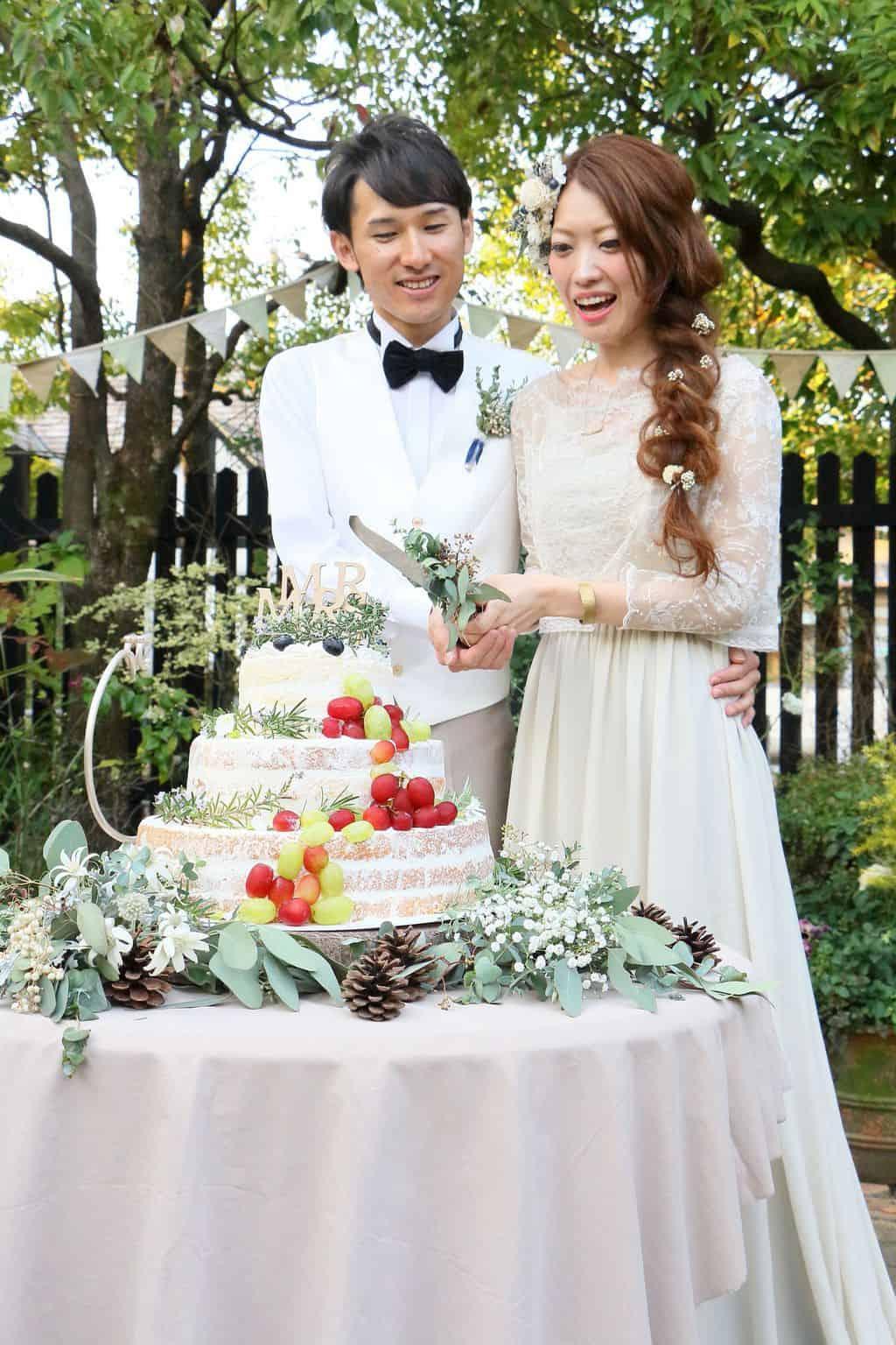 DIYでシャビーアンティークな世界観を作り出した【teras_weddingさん】ゲストハウスリッチモンドのカバー写真 1.5