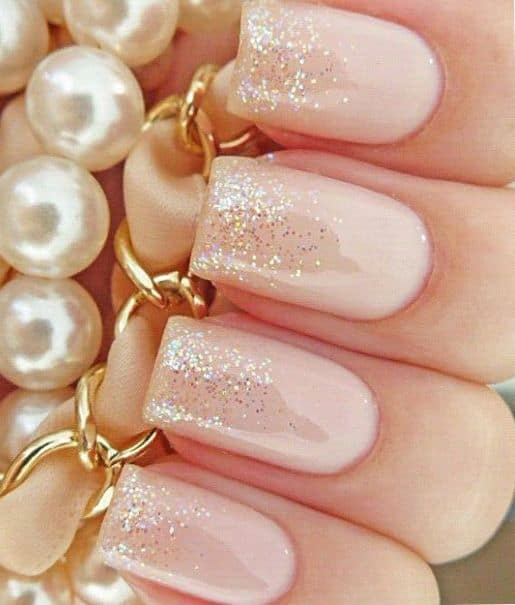 glitter-pink-wedding-nails
