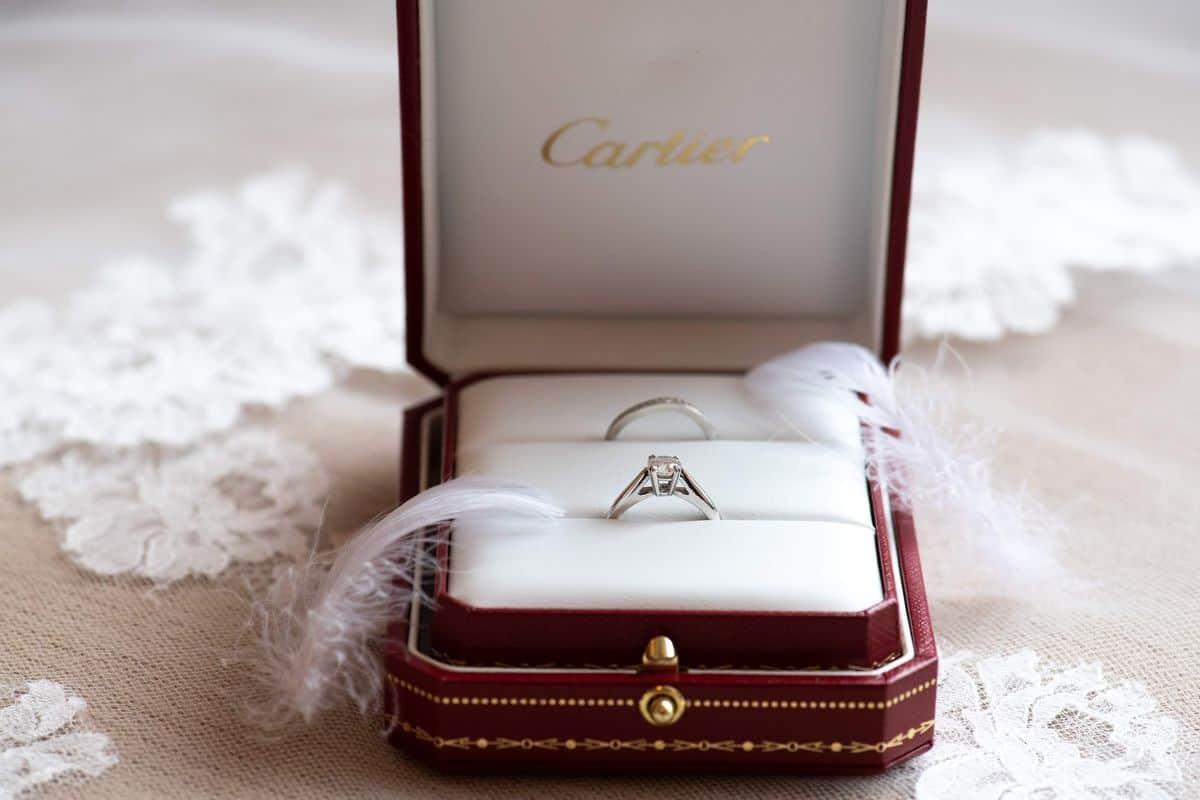 Cartier(カルティエ)の結婚指輪♡人気デザイン特集!人気の一生大切にしたいブランドって?のカバー写真 0.6666666666666666