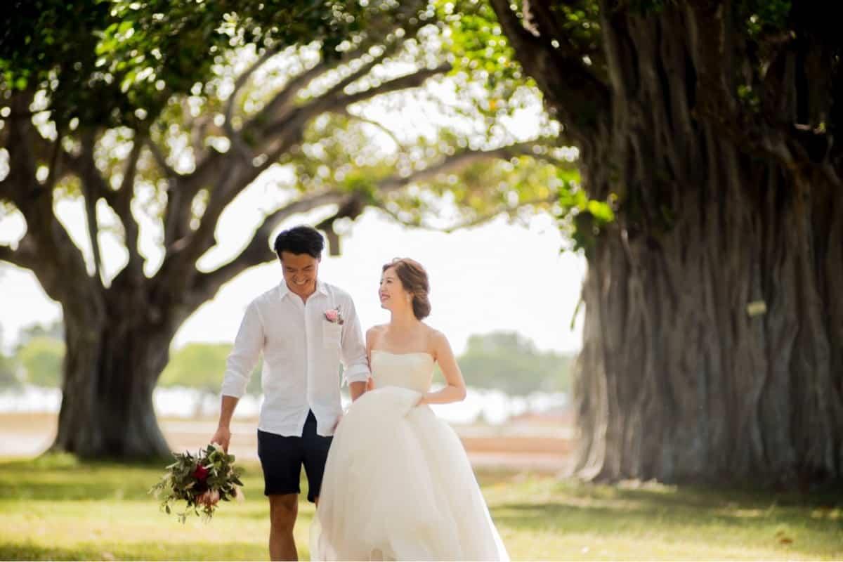 【ハネムーン】新婚旅行はどこで決める?人気旅行会社JTBとHISを徹底比較!のカバー写真