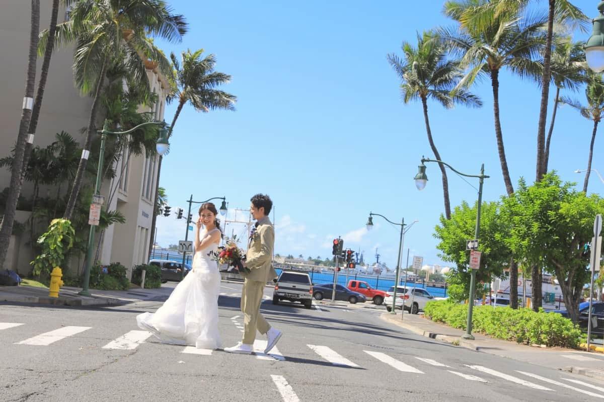 【ハネムーンとは】どんな意味?先輩花嫁の体験談や人気行き先まとめ*のカバー写真