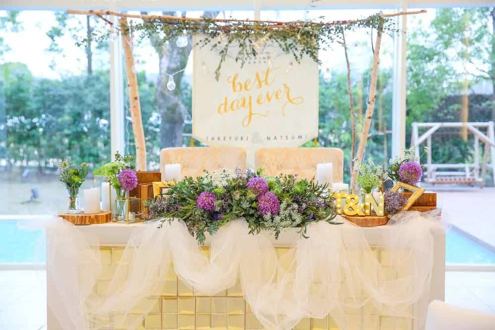 【カラー別】オシャレでかわいい♡結婚式の高砂アイディア20選♩のカバー写真 0.667