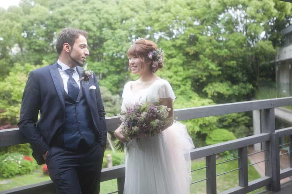 さすがデザイナー!国際結婚でふたりらしいナチュラルウェディング【o_may_uさん】のカバー写真