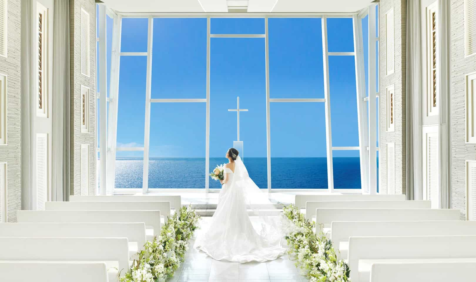【神奈川】絶景の中で♡憧れの《神奈川の海が見える式場10選♡》のカバー写真