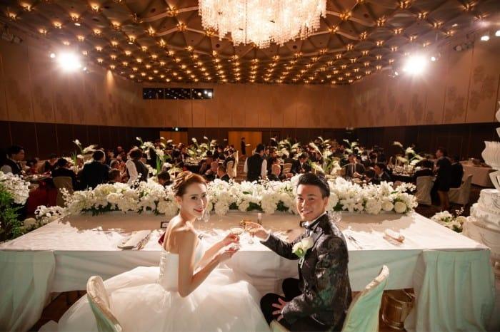 【大阪】カード払いができる!うれしい結婚式場10選☆*のカバー写真 0.6657142857142857