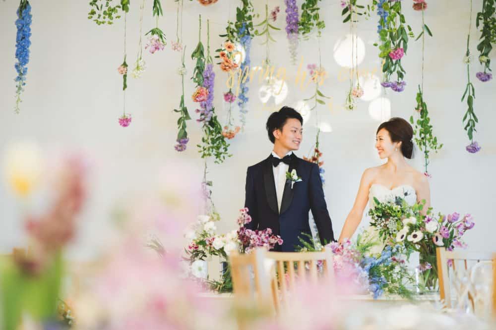 季節や節目を大切にしているお2人の《Spring has come wedding》インタビュー 【@aya___weddingさん】メゾン・プルミエールのカバー写真