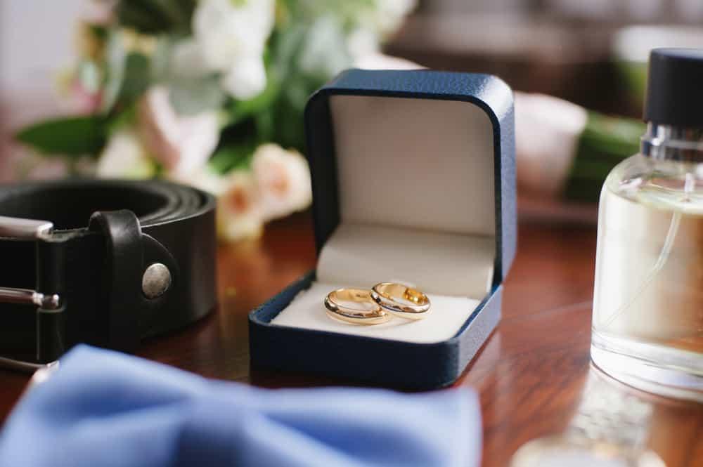 結婚指輪の人気ブランドをご紹介♡安く買うなら?~番外編まで徹底比較!のカバー写真