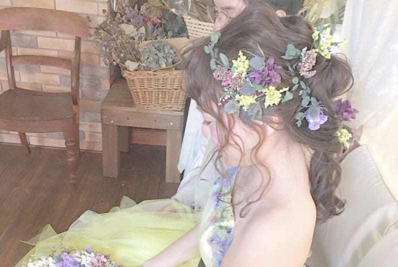 花嫁に人気!結婚式のヘッドドレス特集*デザイン、作り方、ショップまとめのカバー写真