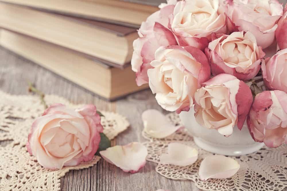 プロポーズにはバラの花束を♡本数や色で変わる意味とはのカバー写真 0.667