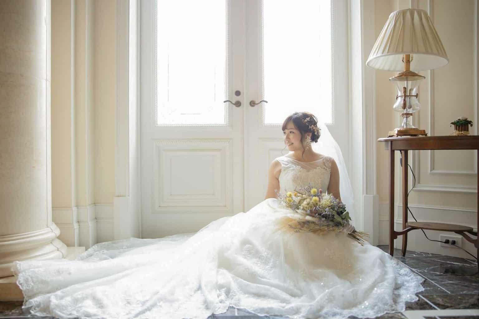 ドレス診断♡ウェディングドレスの種類と似合うドレス選び方♡のカバー写真