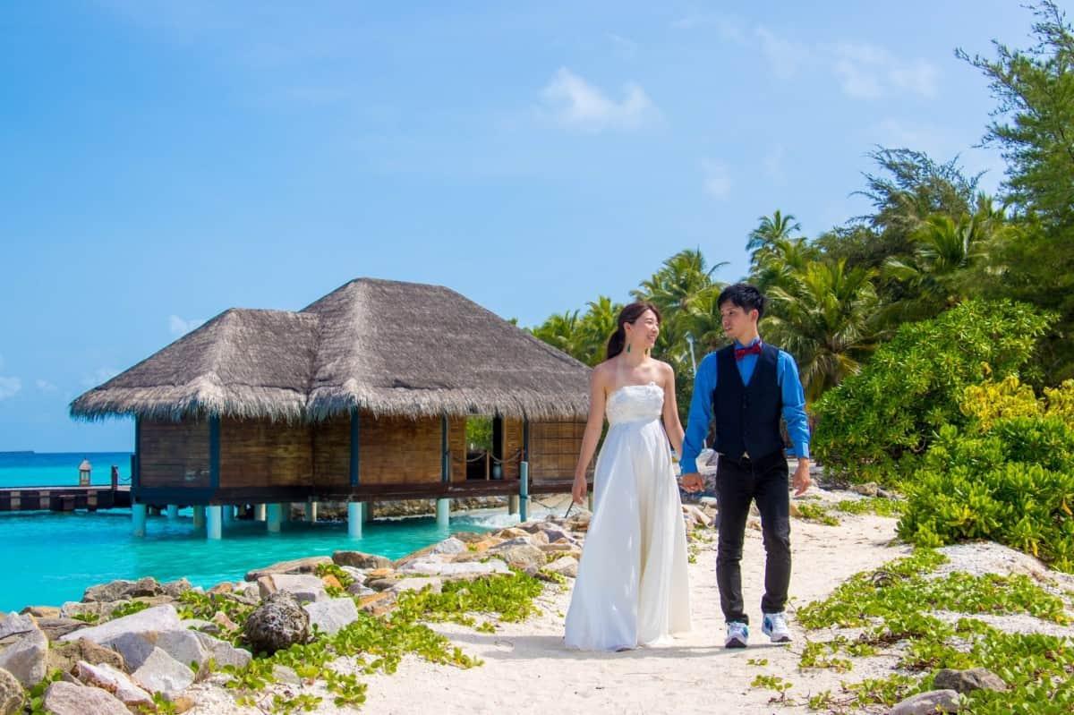 海外挙式や新婚旅行におすすめ♡旅のしおりの作り方総まとめのカバー写真 0.6658333333333334