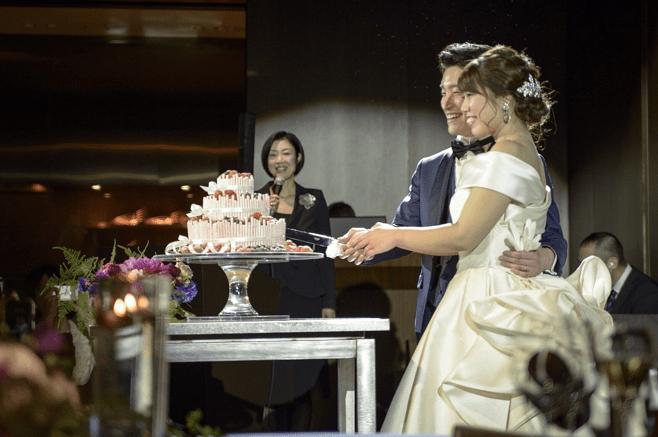 結婚式の司会者とはどんな打ち合わせをするの?内容を一挙にご紹介♡のカバー写真