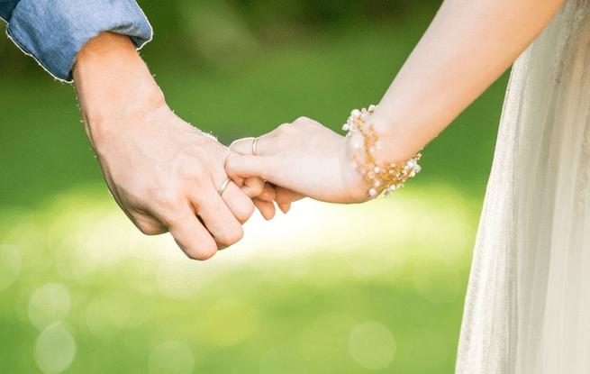 結婚が決まったら♡結婚指輪のオススメ素材/デザインまとめ**のカバー写真