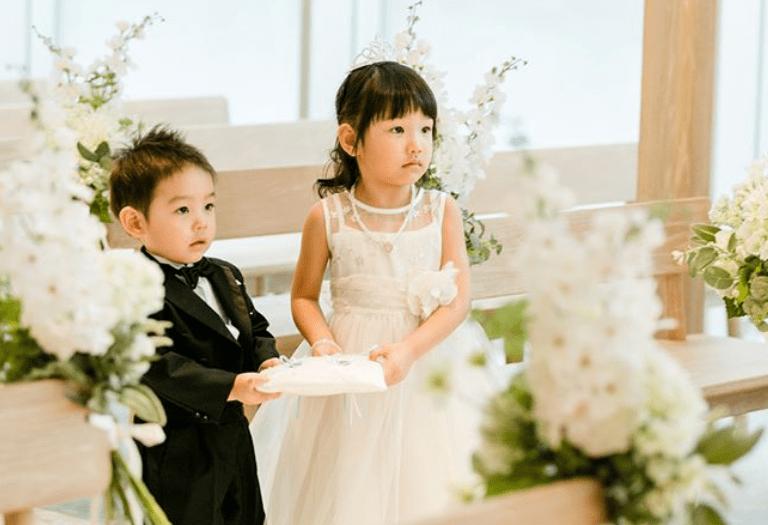 結婚式にお呼ばれ♡子供の服装やご祝儀はどうする?のカバー写真 0.68359375