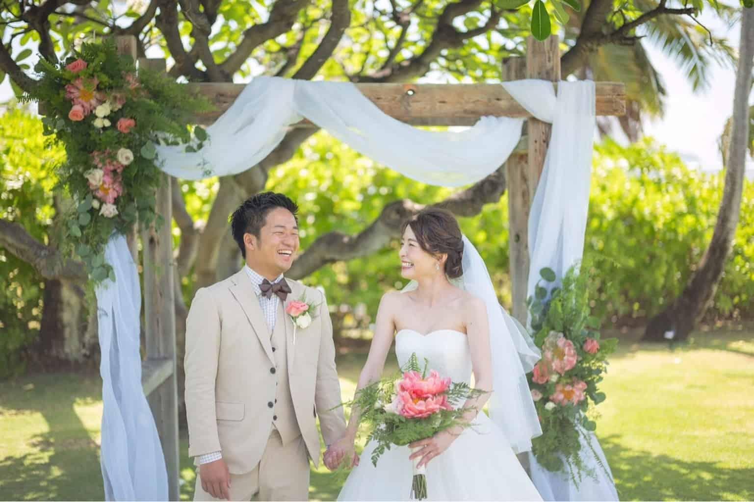 【Vol.4】編集部がおすすめする!インスタで人気の先輩花嫁をご紹介♡のカバー写真