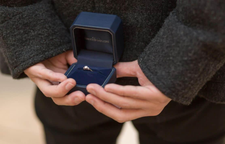 指輪なしのプロポーズはあり?なし?先輩花嫁のリアルな声とは?のカバー写真