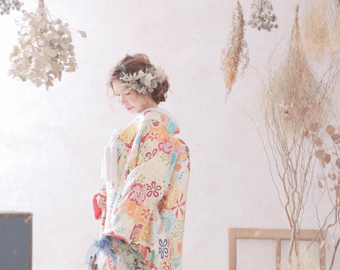 白無垢・色打掛に♡ドライフラワーを使った和装ヘア10選のカバー写真