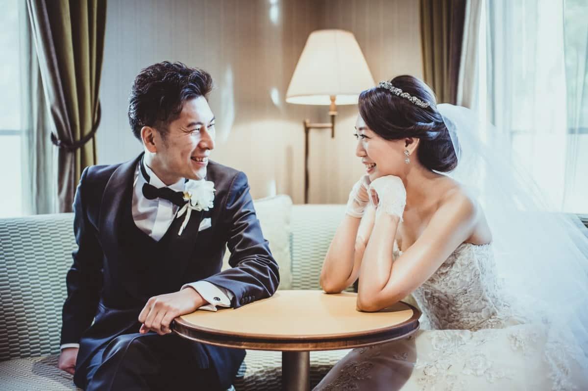 結婚式の司会者とはどんな打ち合わせをするの?内容を一挙にご紹介♡のカバー写真 0.6658333333333334