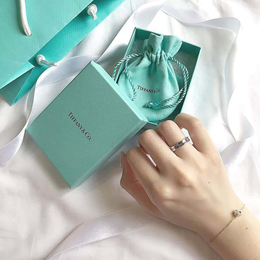 【結婚指輪】やっぱりティファニー!花嫁が選ぶ人気マリッジリング総特集のカバー写真