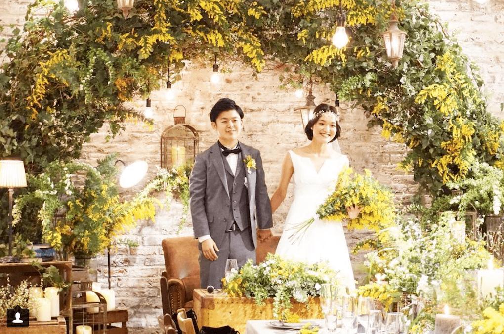 結婚式にミモザが人気な理由って?おすすめアレンジ15選のカバー写真