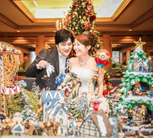 【クリスマス婚】ゲストも喜ぶ♡装飾アイテム15選のカバー写真 0.9031657355679702