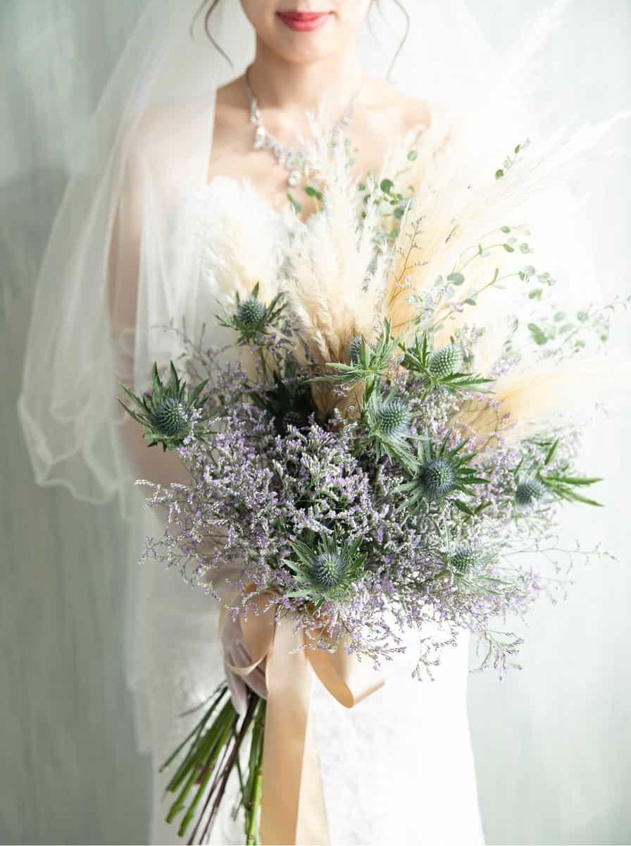 意外と知らない?装花やブーケに使われる特別な花の名前集のカバー写真 1.3392857142857142
