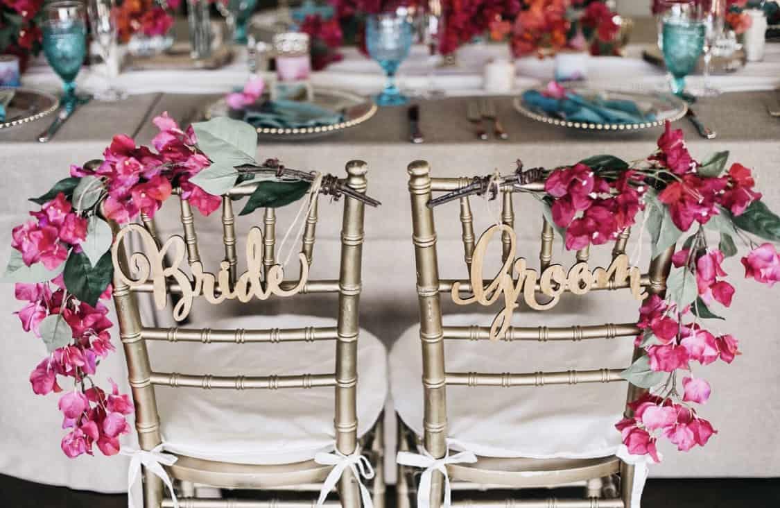 海外挙式やリゾ婚で人気❤︎チェアサインのおすすめデザイン10選のカバー写真 0.6506666666666666